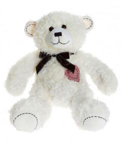 Медведь с сердцем на груди